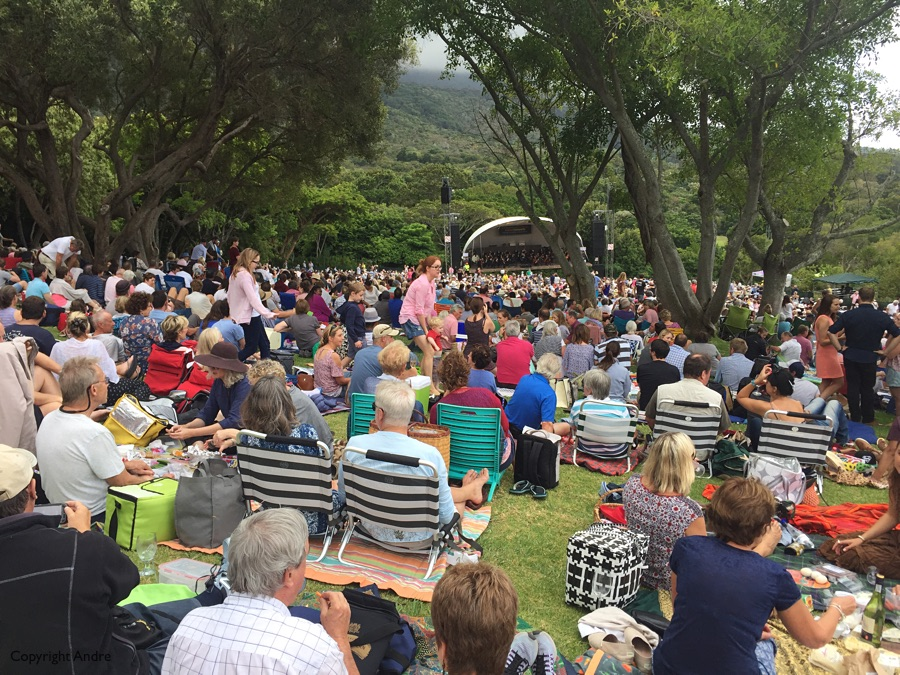Open air concert at Kirstenbosch.