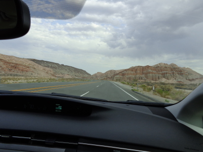 Hwy 395 entering Red Rock Canyon